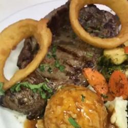#steak #fillet #steakaupoivre #ribeyesteak #homecooking #cheflife #chefyaser #orlandpark #chicago #f