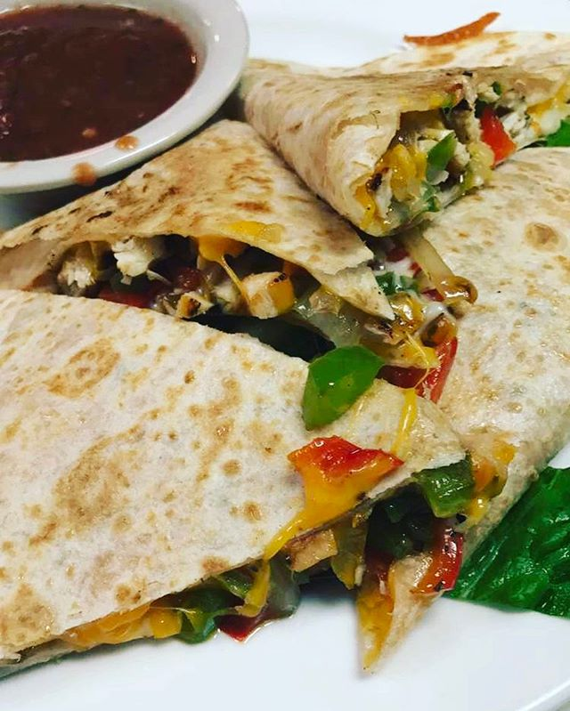 #Gaston'schickenquesadilla  #chickenquesadilla #wegoingup #seasonedtoperfection #cantstopwontstop #c