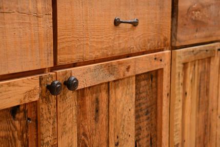 Barnwood Kitchen Close-Up