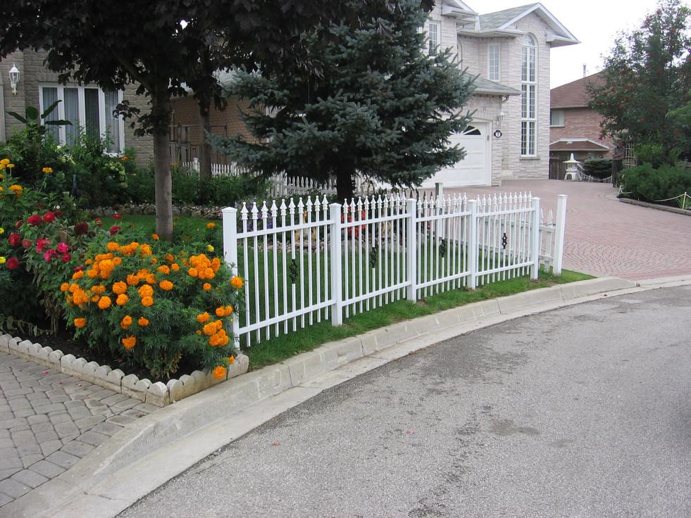 PF1 - Picket Fence