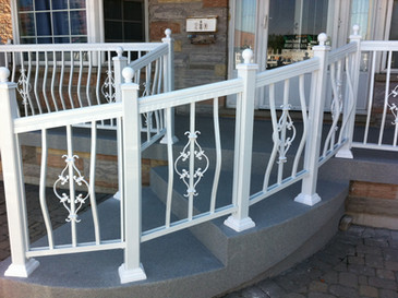PR25 - Curved White Railing Porch 2