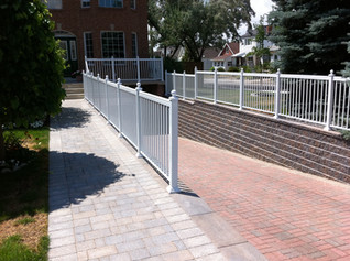 PR22 - Walkway picket railing guardrails