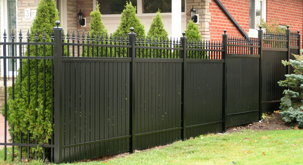 PVF11 - Privacy Fence