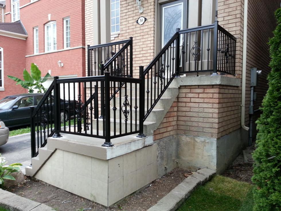 PR1 - Front Porch Railing