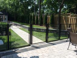 GF2 - Backyard Patio Barrier Glass Fence