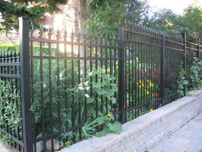 PF21 - Picket Fence