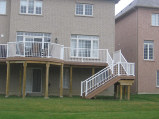 PR9 - Backyard Deck Railing