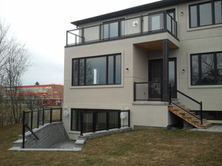 GR17 - Modern Home Railing System