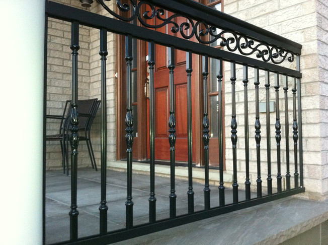 PR6 - Front Porch French Picket Railing