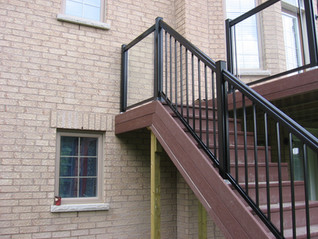 PR8 - Backyard Deck Railing