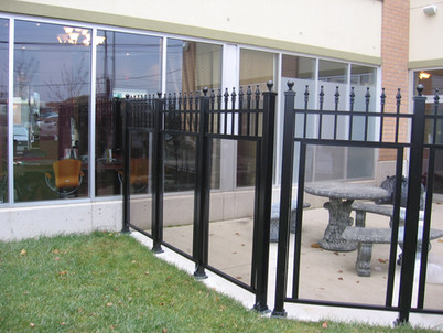 GF4 - Glass Fence