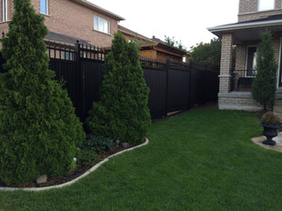 PVF6 - Black Privacy Fence