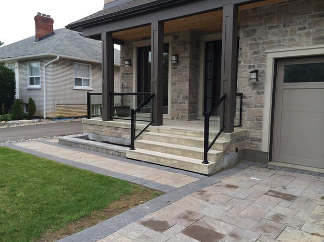 GR20 - Front Porch Glass Railing