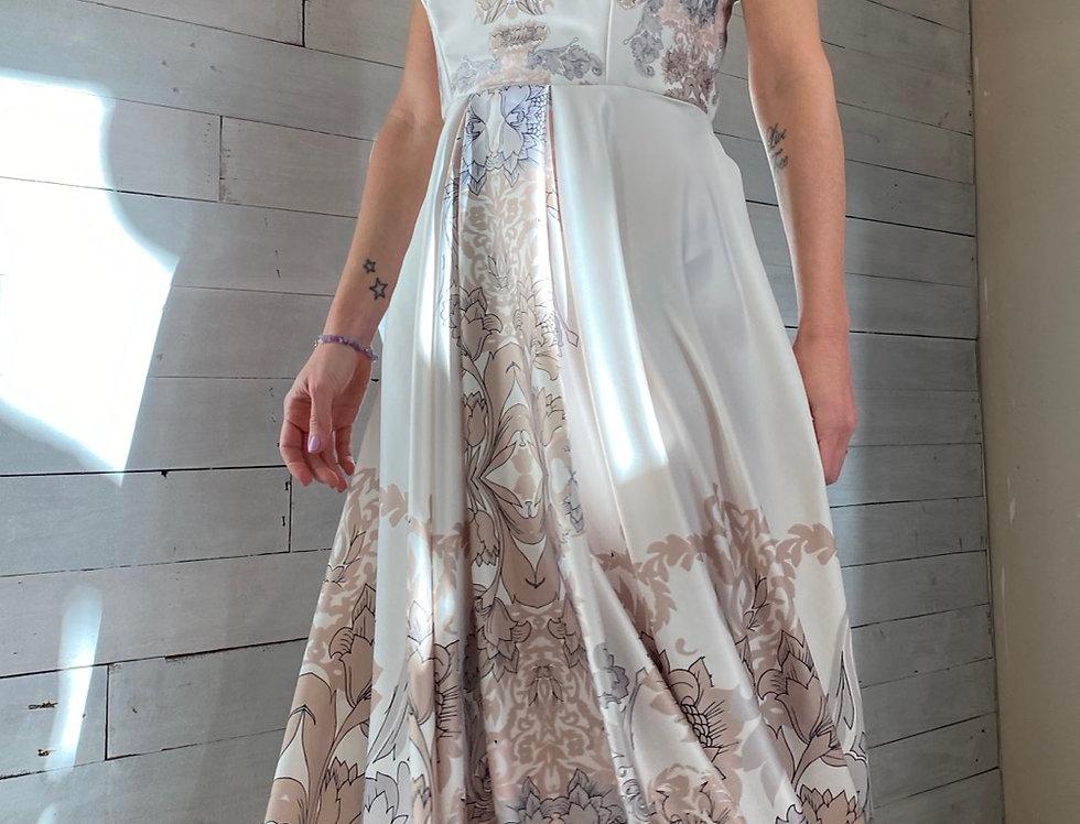 Vestido Halter Midi Ornamental
