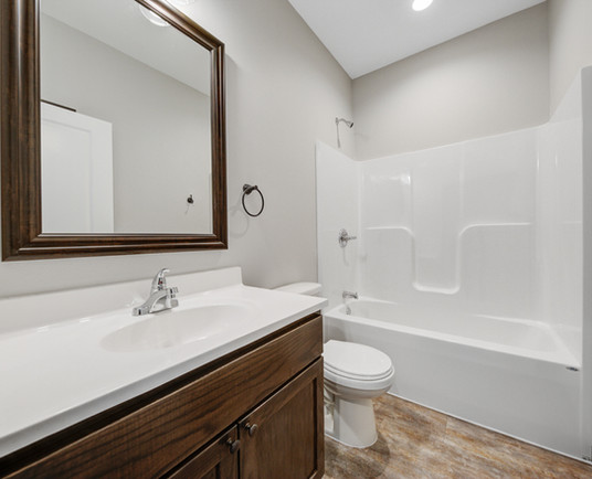 34 Bathroom.jpg