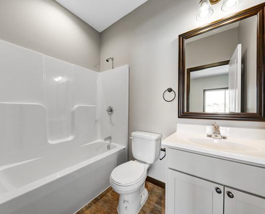 28 Main bathroom.jpg