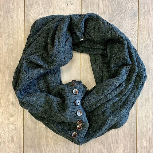INFINITY BUTTON SCARF