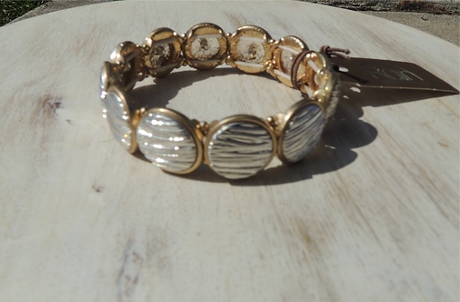 Two Toned Lined Circles Bracelet