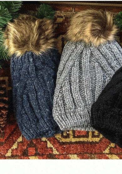 Diagonal Knit Pom Hat lined- blue