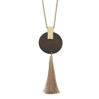 Tassel Pendant Necklace In Brown Wood