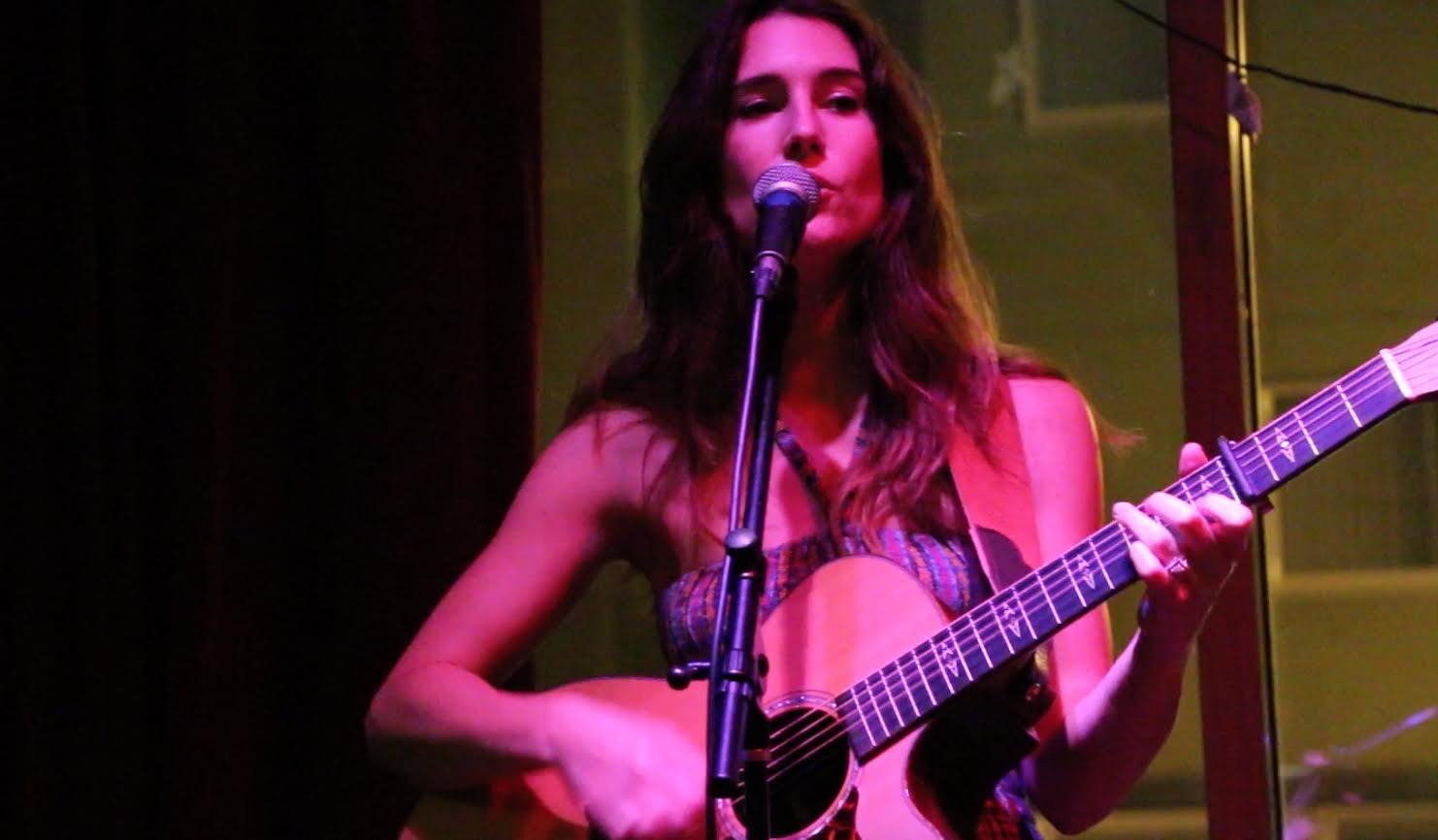 Sara Judge Live