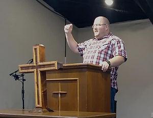 pastor3_edited.jpg