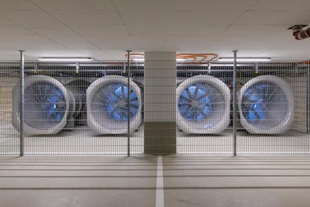 Die Entrauchungsanlage - mit großen Eintragungsventilatoren