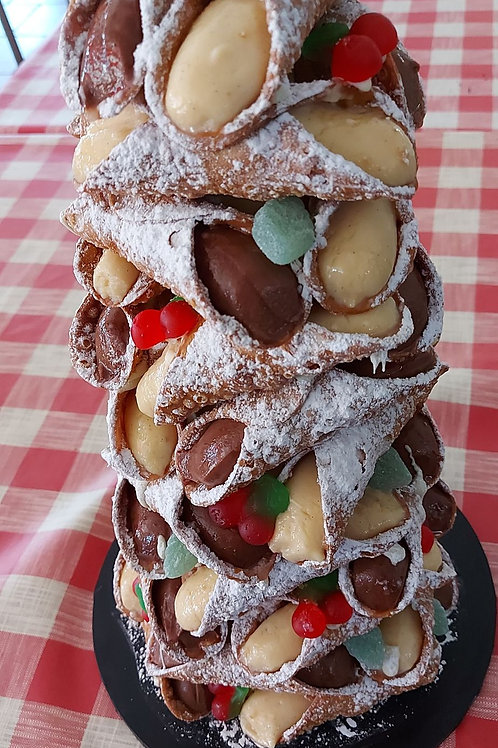 VEGAN Cannoli Christmas Tree