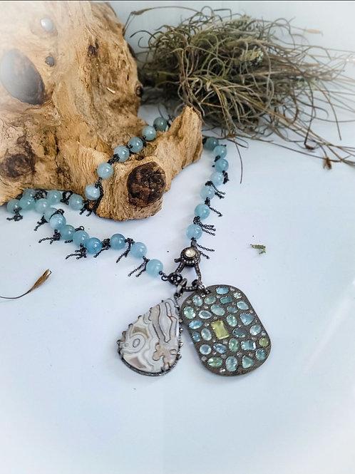 "Aquamarine ""Dribble Chain"" with Rosecut Diamond Clasp"
