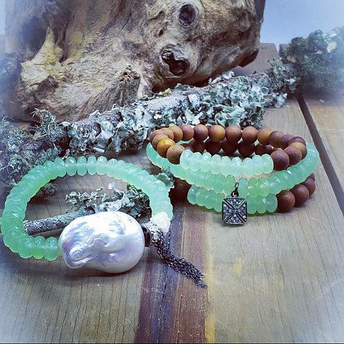 Chrysoprase and Sandalwood Bracelet