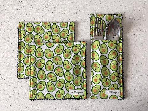Duo de serviettes de table et pochette à ustensiles assortie