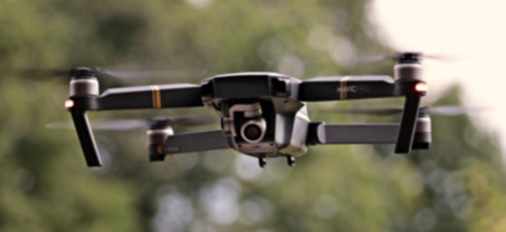 drone-2724257_1920.jpg