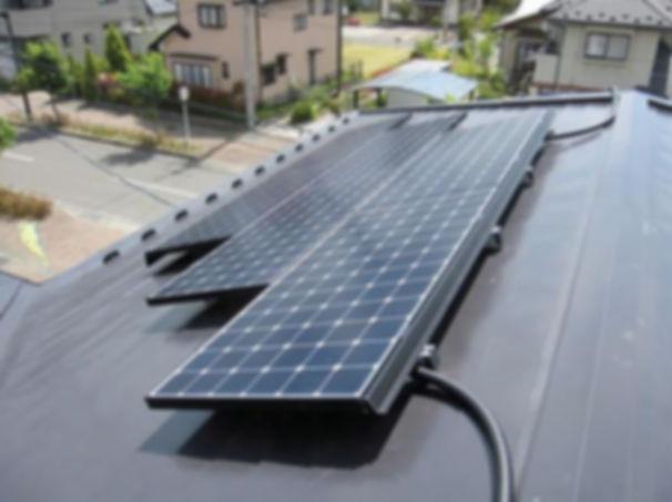 太陽光屋根.jpg