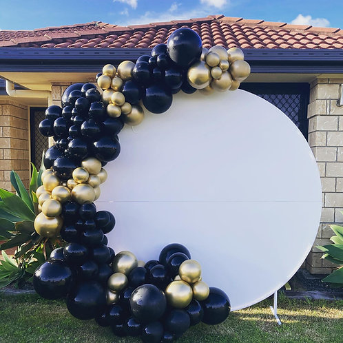 Acrylic Circle Backdrop Hire and 4m balloon garland