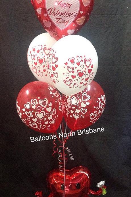 Sitting Heart Valentines Balloon Bouquet