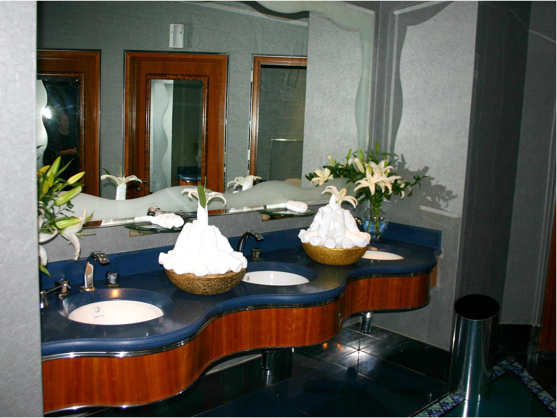 10_Dubai 2007 B_Page_22