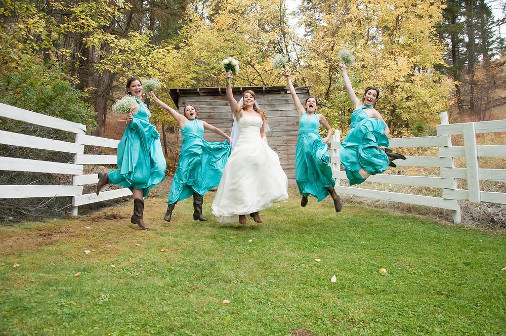 We love backyard, rustic weddings