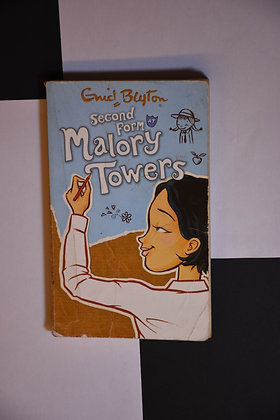 Enid Blyton - Second Form at Malory Towers