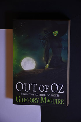 Out of Oz - Gregory Maguier