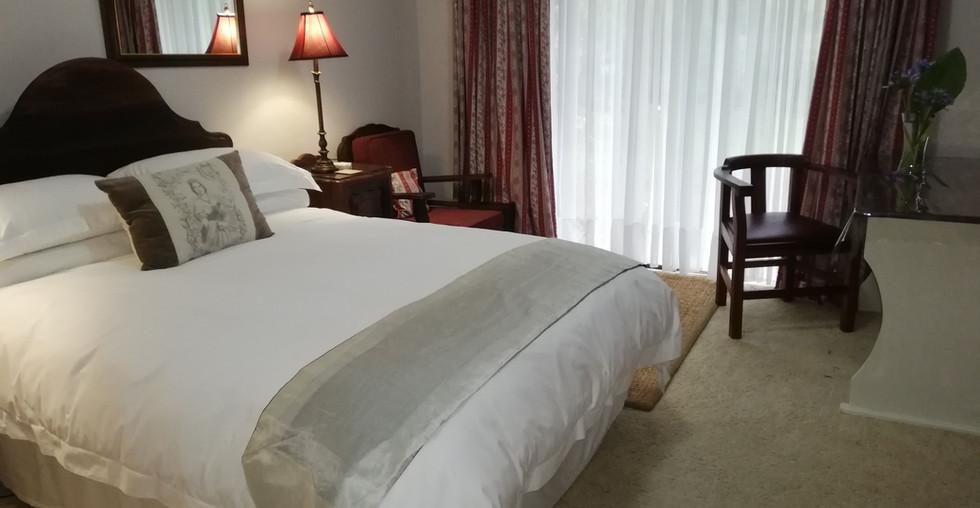 3.-1-on-scott-bedroom.jpg