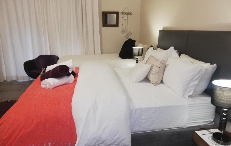 1.-1-on-scott-bedroom.jpg