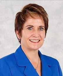 Dr-Michelle-Middle.jpg
