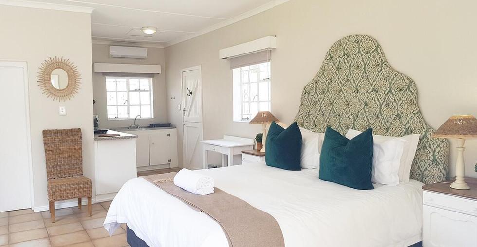 double-room-with-en-suite.jpg