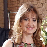 Angela Oosthuizen