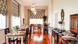 Dinning_Room_1_1_of_1.jpg.1366x768_q85_c