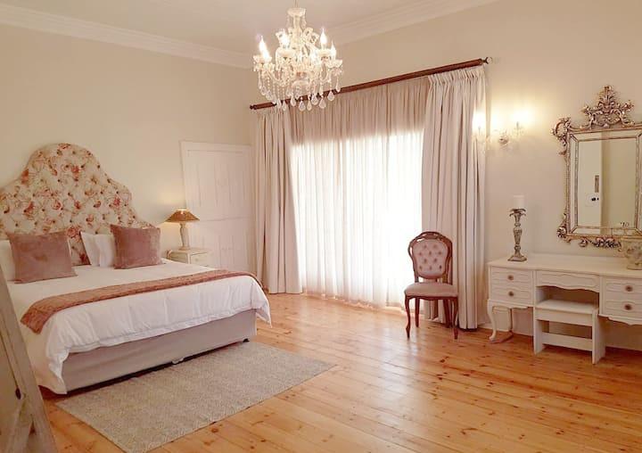 main-double-room.jpg