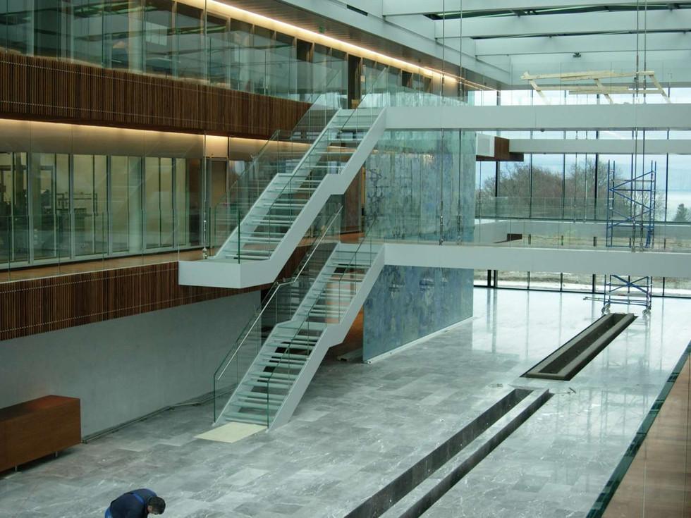 Ferring, St-Prex, Escalier en verre
