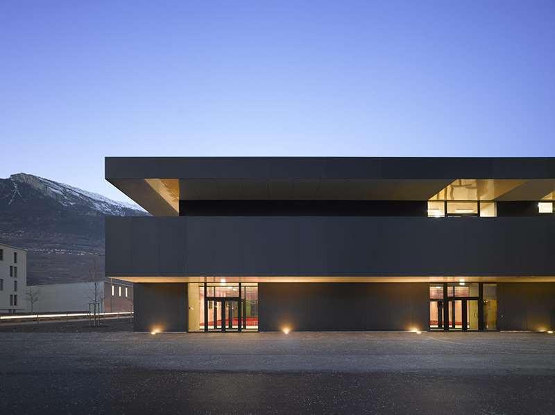 Centre scolaire Conthey, façade aluminium
