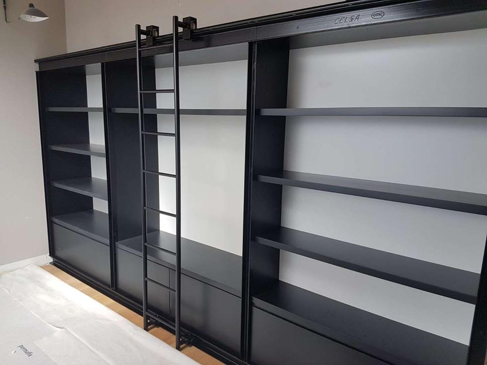 Echelle en acier pour bibliothèque