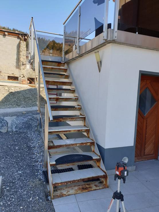 Escalier acier avant rénovation